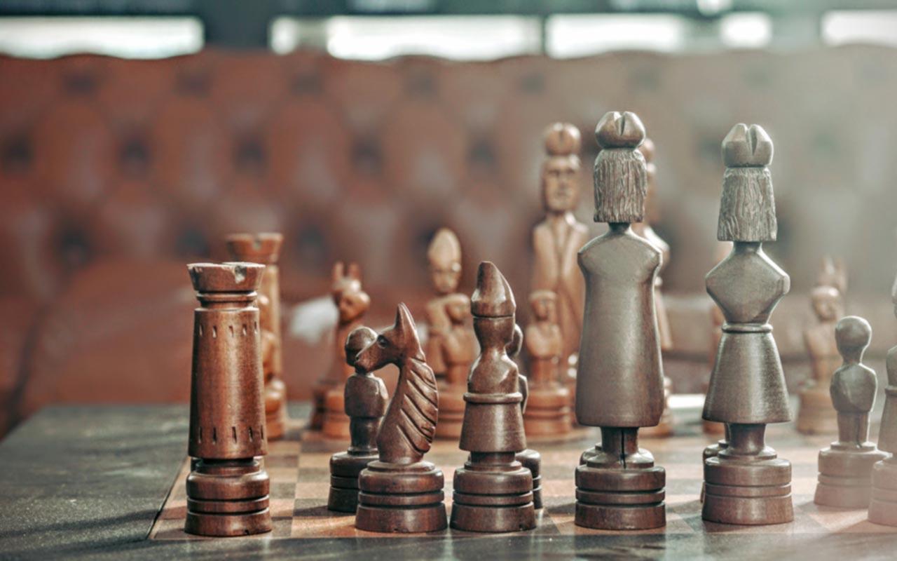 Nadia Themis Blog - Chess Game