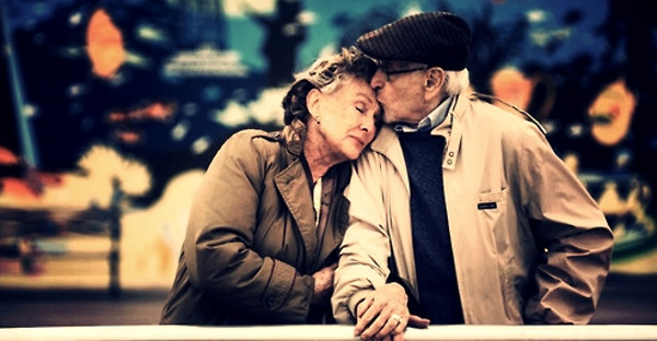 Nadia Themis Blog - Old couple love