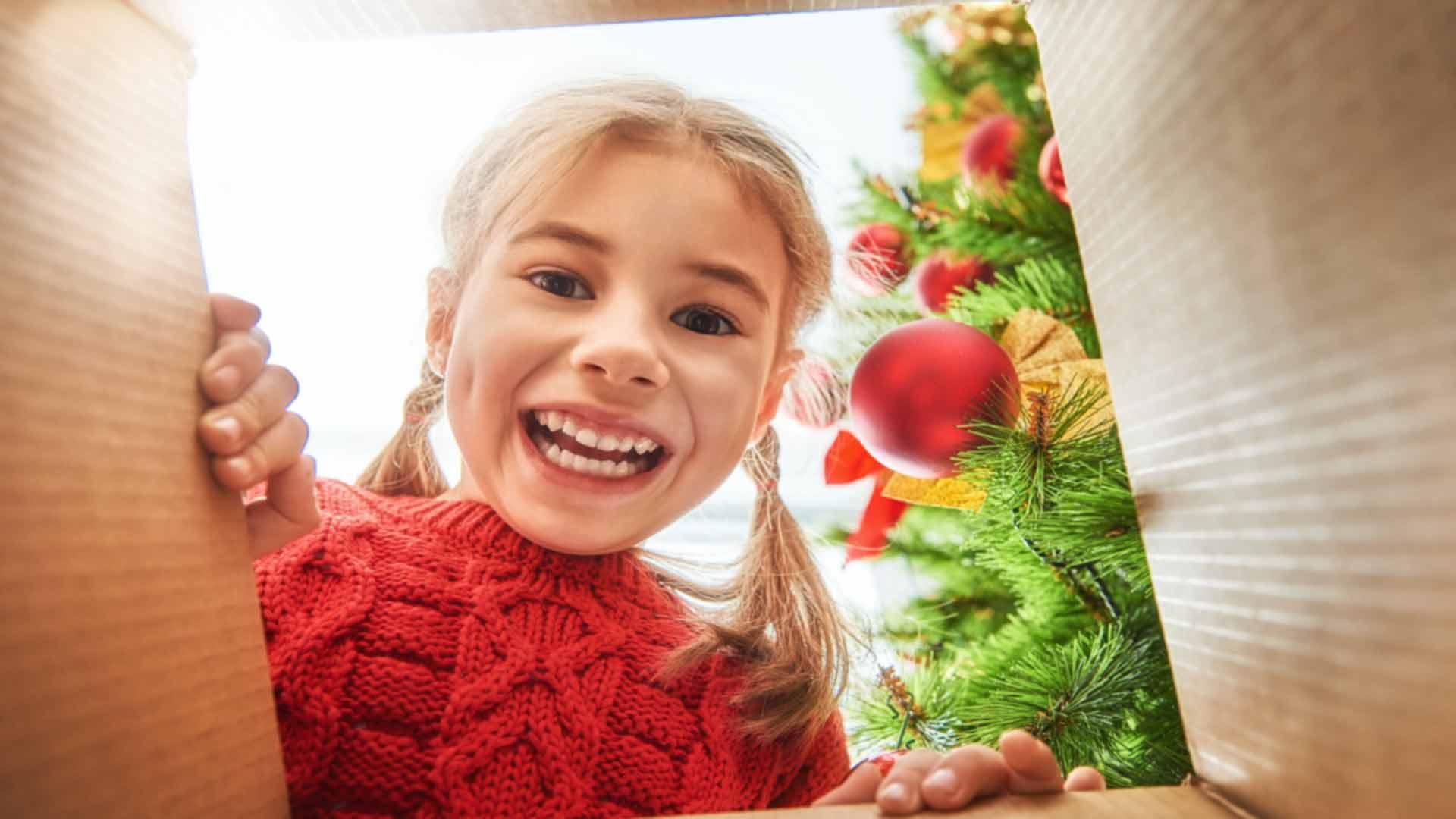 Nadia Themis - Meliselli Foundation Christmas Kiosk